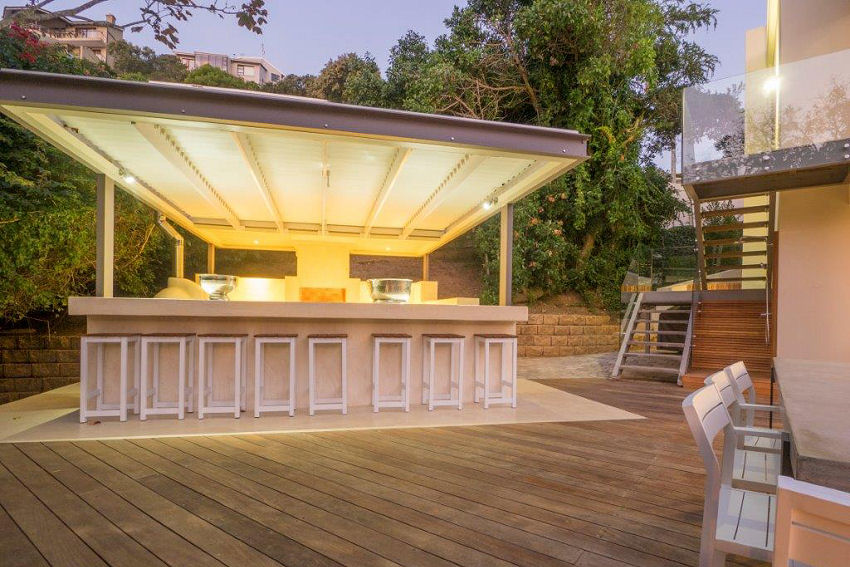 Number Eleven - the outdoor bar area is the ideal entertaining space and includes a fridge, BBQ and pizza oven